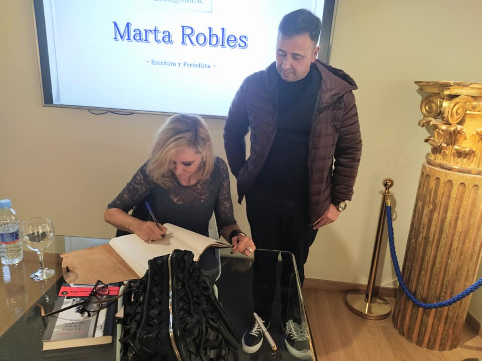 Presentación del libro de Marta Robles